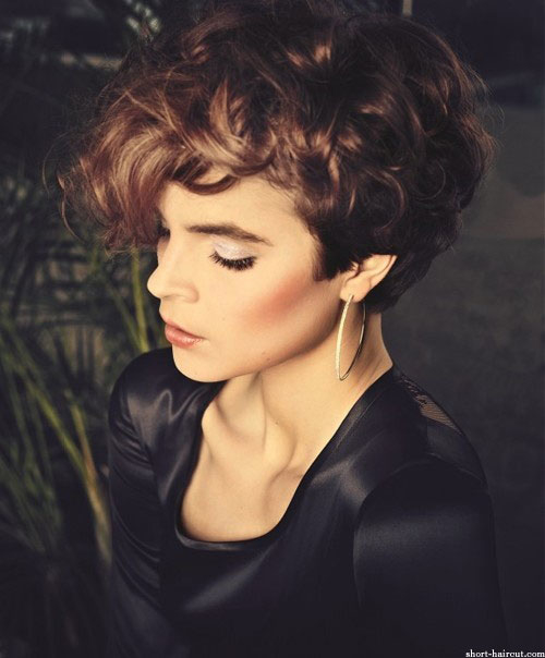 womens short curly haircuts 5 - Women's Short Curly Haircuts
