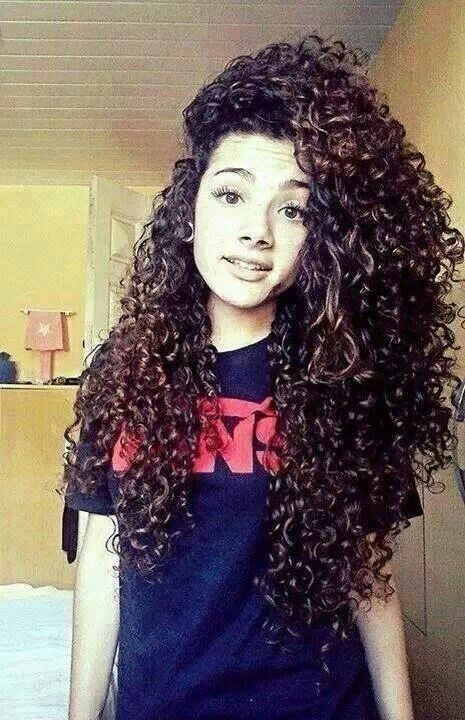 best long curly hairstyles 4 - Best Long Curly Hairstyles 2018