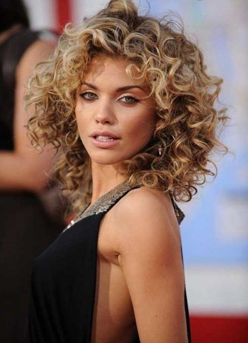 curly hairstyles 2018 5 - Curly Hairstyles 2018