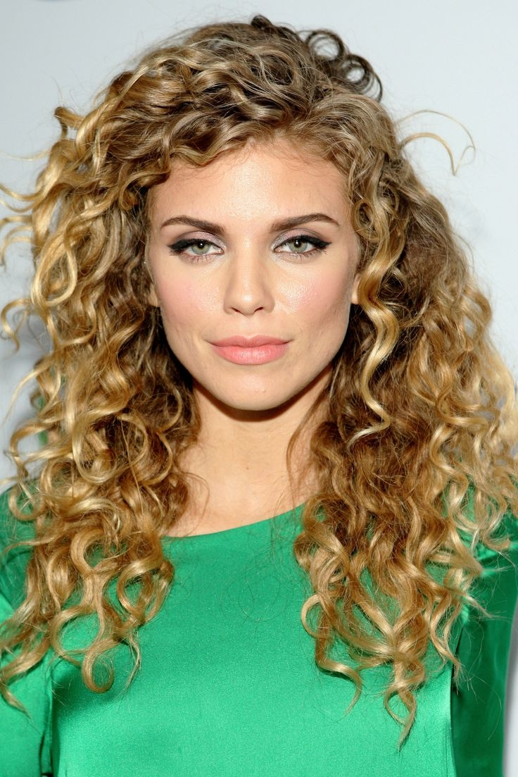 hairstyles for naturally curly hair 7 - Hairstyles For Naturally Curly Hair
