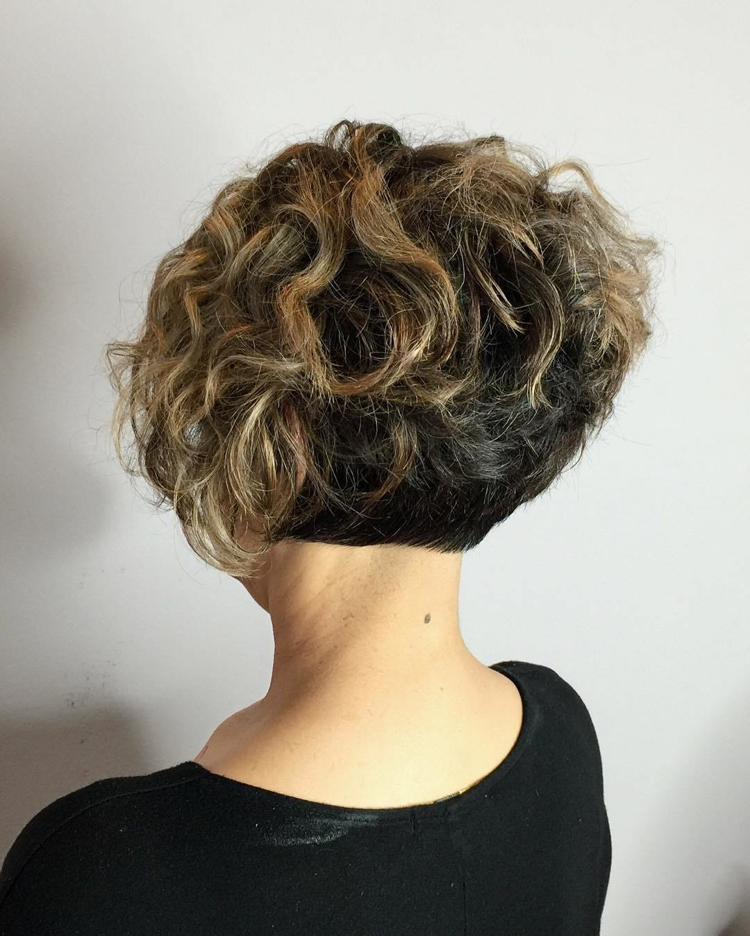 hairstyles for short curly hair 8 - Hairstyles For Short Curly Hair