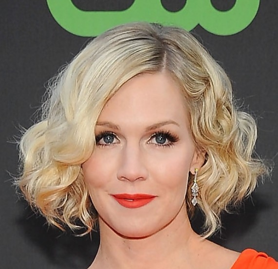short curly hair 6 - Short Curly Hairstyles